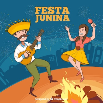 Fond de festa junina avec des gens qui jouent et dansent
