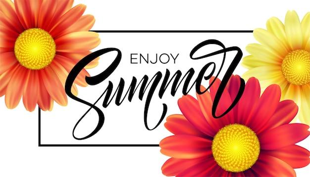 Fond de fleur de marguerite et lettrage d'été.