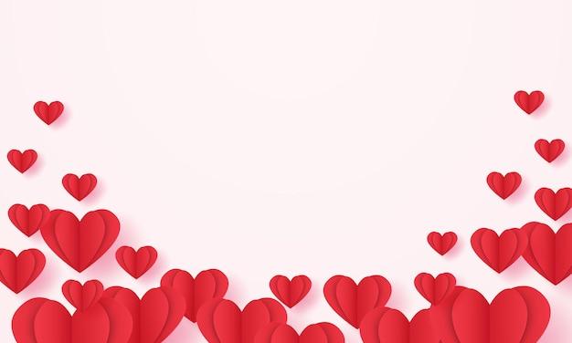 Fond de forme de coeur plié rouge dans un style art papier avec espace vide