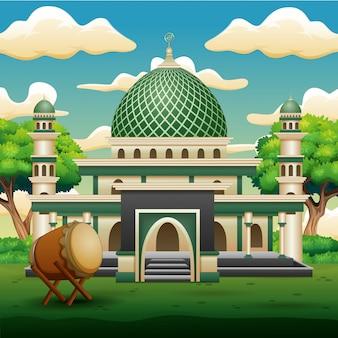 Fond de la mosquée islamique avec des plantes vertes