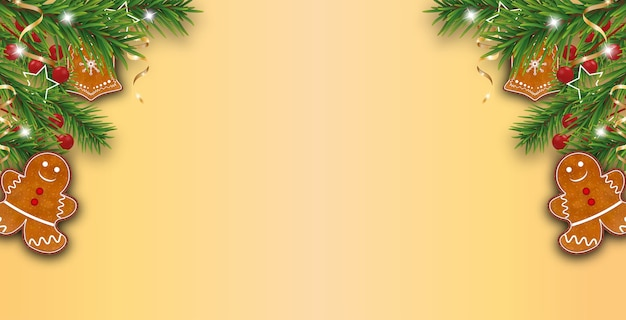 Fond de noël doré jaune décoré de branches d'arbres de noël avec des biscuits en pain d'épice, des baies de houx et des rubans dorés.