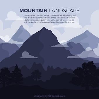 Fond sombre du paysage montagneux avec des nuages