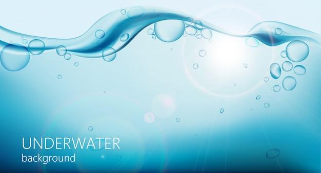 Fond sous-marin avec des bulles d'air et des vagues sur le dessus