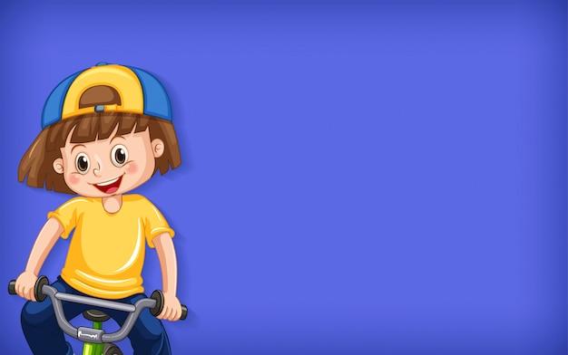 Fond uni avec une fille heureuse, faire du vélo