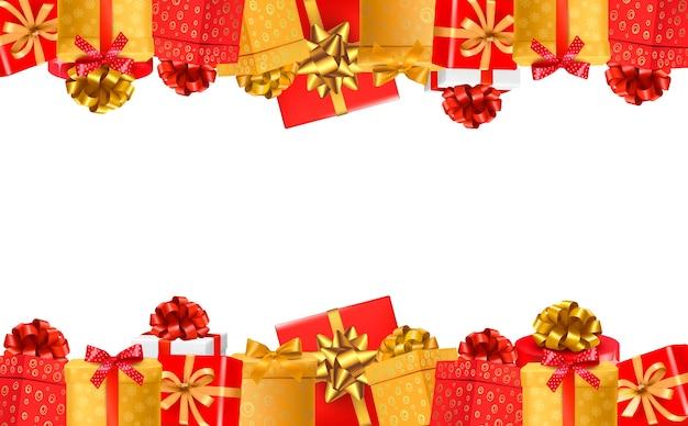 Fond de vacances avec des coffrets cadeaux colorés avec des arcs.