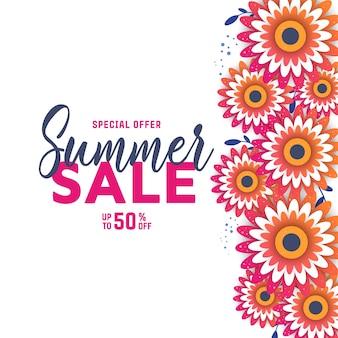 Fond de vente d'été avec des fleurs.