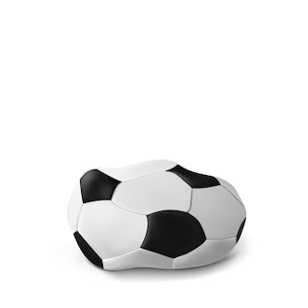 Football dégonflé réaliste, ballon de foot isolé sur blanc. la balle dégonflée. classique