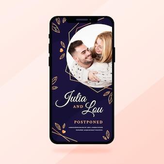 Format d'écran de smartphone d'annonce de mariage reporté