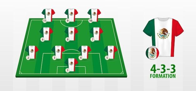 Formation De L'équipe Nationale De Football Du Mexique Sur Le Terrain De Football Vecteur Premium