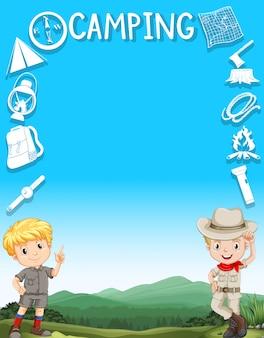 Frontière avec des garçons en tenue de camping