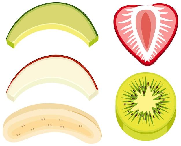 Fruits mélangés tranchés sur fond blanc