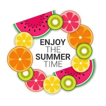 Fruits tropicaux colorés appréciez la vente d'été organique