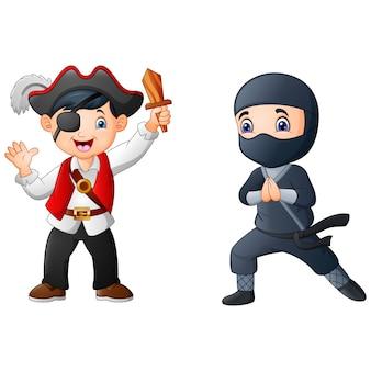 Garçon de la bande dessinée portant un costume de pirate avec ninja
