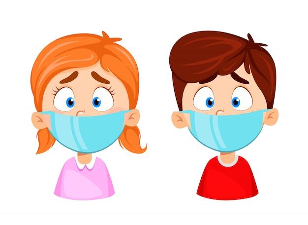 Garçon et fille dans des masques médicaux. protection contre le virus