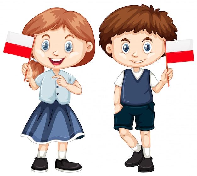Garçon et fille avec le drapeau de la pologne