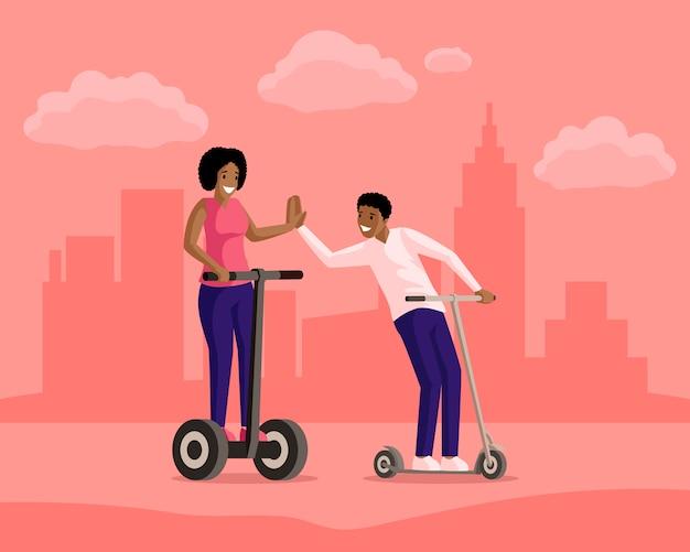 Garçon et fille équitation scooters en illustration plat de ville. amitié, promenade en soirée, loisirs actifs, repos ensemble. gens souriants sur des personnages de dessins animés électriques et des scooters