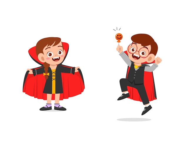 Garçon et fille fêtent halloween en costume de vampire