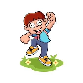 Garçon heureux prêt à la bande dessinée d'école