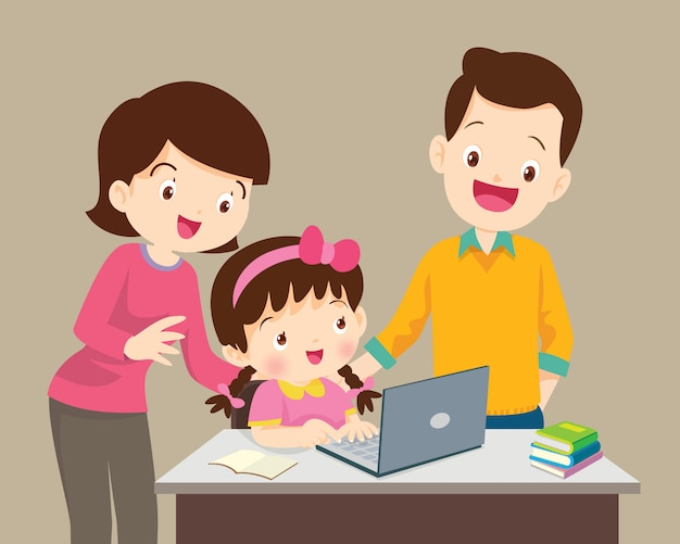 Garçon et mère assise avec ordinateur portable