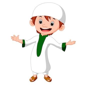 Garçon musulman permanent