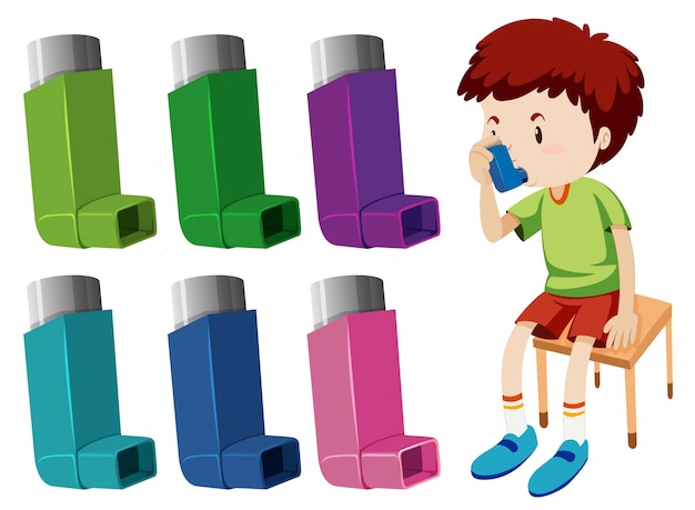 Garçon souffrant d'asthme avec différents inhalateurs d'asthme