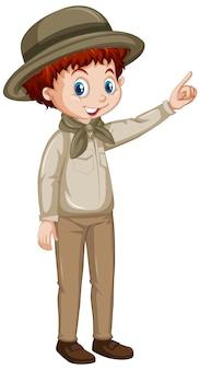 Garçon en uniforme de safari