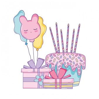 Gâteau d'anniversaire avec boîte-cadeau