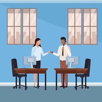 Gens d'affaires et bureau