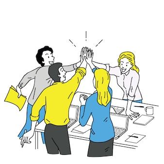 Gens d'affaires donnant cinq haut