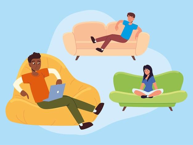 Les gens assis sur le canapé