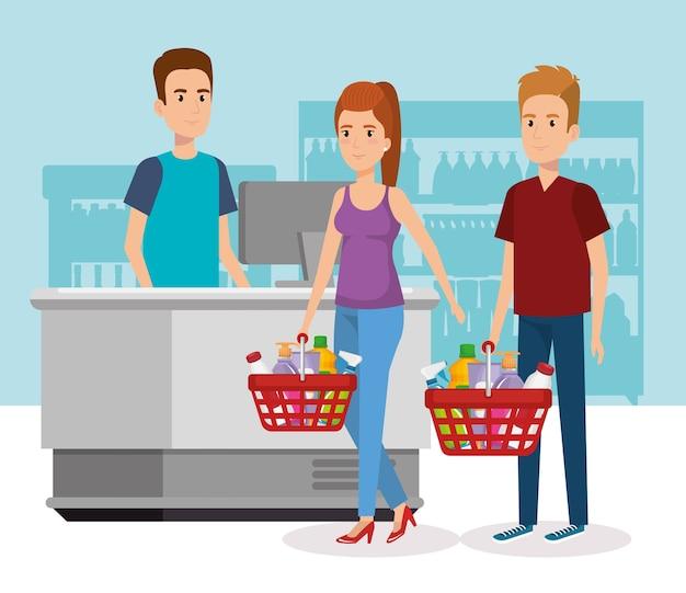 Les gens dans le point de paiement de supermarché