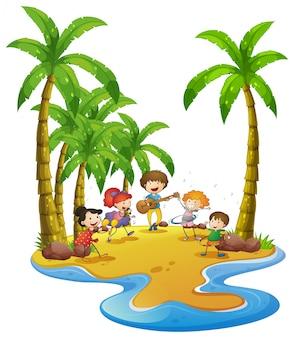 Gens s'amuser sur la plage