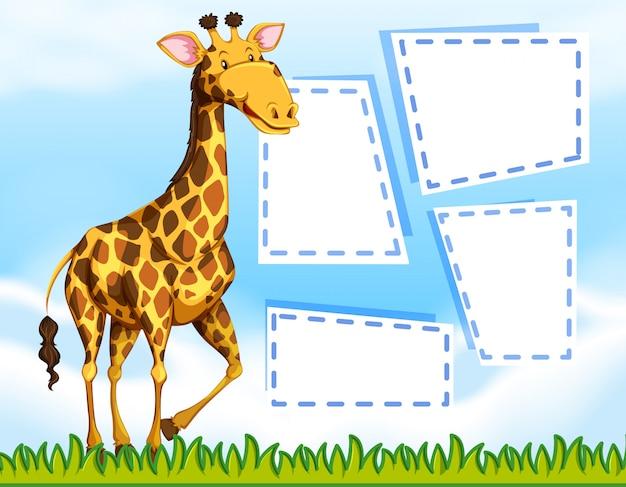 Une girafe sur un modèle de note vide