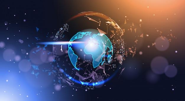 Globe terrestre polygonale sur fond de bokeh carte du monde géométrique low poly rougeoyant