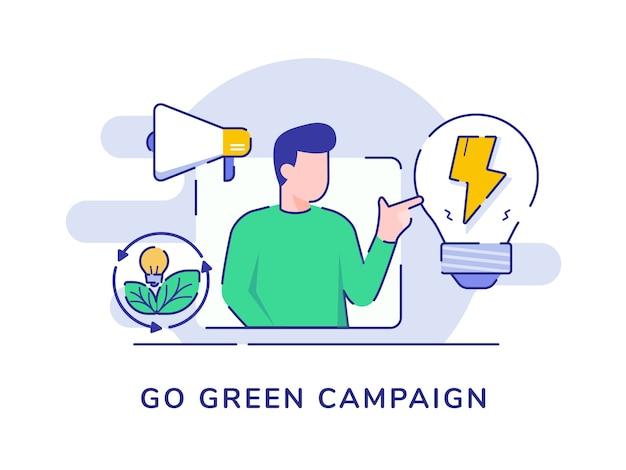 Go green campaign man présente une lampe ampoule mégaphone