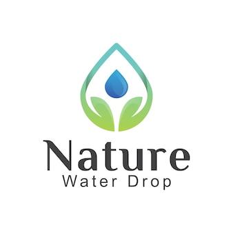 Goutte de feuille de nature avec création de logo de gouttelettes d'eau