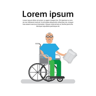 Grand-père homme en fauteuil roulant senior