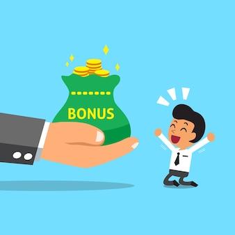 Grande main d'affaires donnant de l'argent bonus à l'homme d'affaires