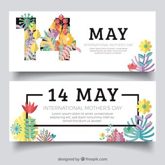 Grandes bannières avec des fleurs décoratives pour la fête des mères