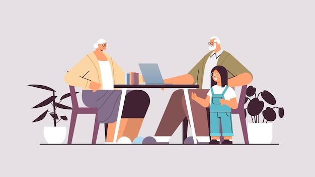 Grands-parents avec petite-fille à l'aide d'un ordinateur portable réseau de médias sociaux concept de communication en ligne illustration vectorielle horizontale pleine longueur