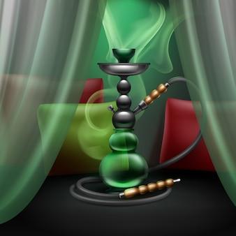 Gros narguilé de vecteur pour fumer du tabac en métal et verre vert avec long tuyau de narguilé, oreillers, rideaux et vapeur