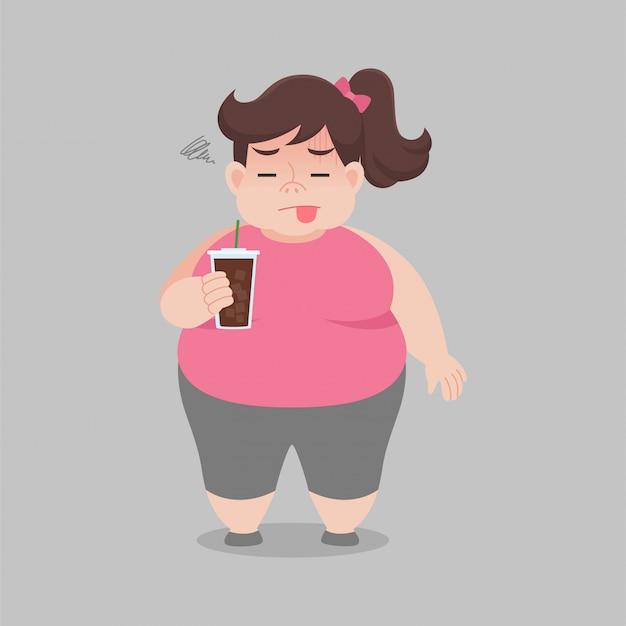 Grosse femme n'aime pas boire du café noir