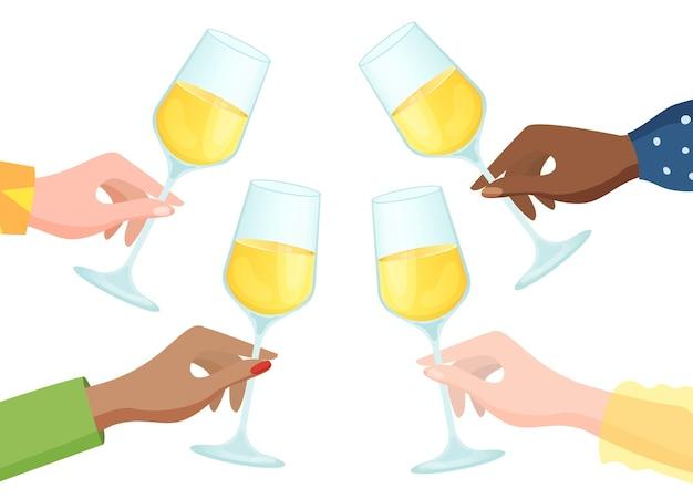 Groupe de différentes nations tenant des verres de champagne