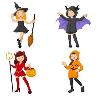 Groupe d'enfants de dessins animés portant des costumes différents