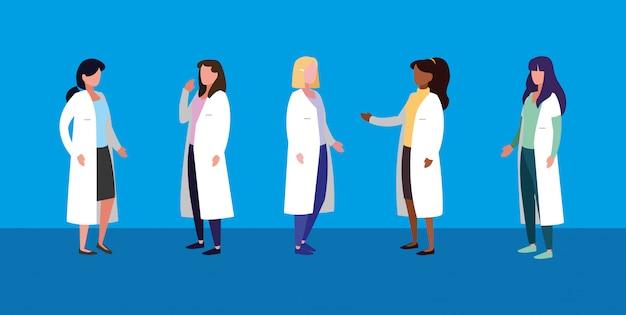 Groupe de femmes médecins personnage avatar