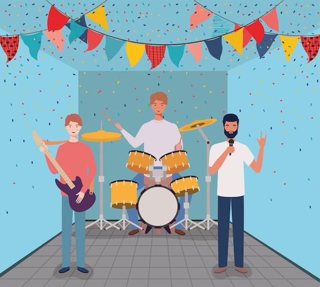 Groupe d'hommes jouant des instruments de caractères