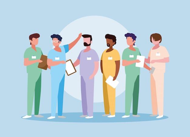 Groupe de médecins à caractère d'avatar uniforme