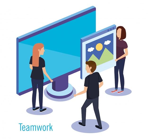 Groupe de personnes travaillant en équipe avec ordinateur