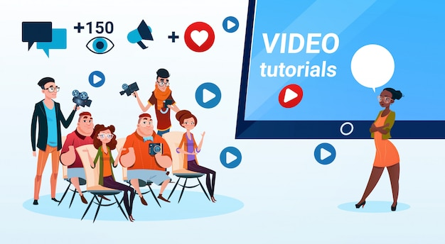 Groupe de personnes vidéo blogger en ligne stream blogging subscribe concept