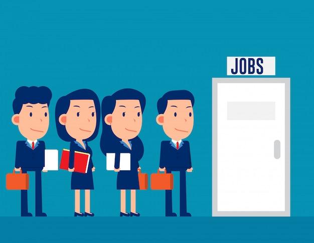 Groupe de professionnels faisant la queue pour les emplois